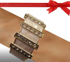 Rs.760.00 / $13.68 Shipping Charges 	Free Shipping To India(IND)	 Product Details 	 Elegance is the perfect word for this crimson color lovely bangle jewelry/ jewellery. http://www.giftsomeone.com/product_info.php?products_id=3652