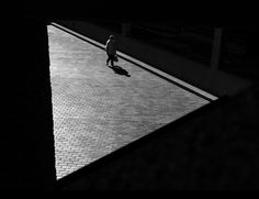 Rupert Vandervell - Learn more about self-taught photographer Rupert Vandervell's stunning black and white fine art projects. Film Noir Photography, Creative Photography, Fine Art Photography, Street Photography, Reportage Photography, Abstract Photography, Light Photography, Fashion Photography, Black White Photos
