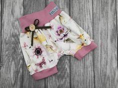 Baby Outfits, Kids Outfits, Girl Dress Patterns, Sewing Patterns, Baby Kind, Girls Pants, Powder Pink, Kids Shorts, Short Girls