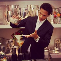 """Paulo Pereira tentando ser Bartender #conceptbar"" Photo taken by @concept_bar on Instagram, pinned via the InstaPin iOS App! http://www.instapinapp.com (06/04/2013)"