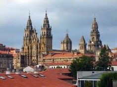 The Complete Tourist Guide to Santiago de Compostela Cities, Spanish Culture, Secret Places, Small Boats, Countries Of The World, Yahoo Images, Barcelona Cathedral, Beautiful Places, To Go