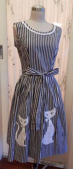 1950s Swirl Novelty Kitty Cat Applique B&W Stripe Cotton Wrap Dress