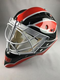 Brian Elliott Goes Old School Hextall For Flyers Mask