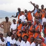 After 7 years of building up ,the project (learning by drumming & drumming for peace) want to settle more schools in Burundi