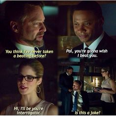 Felicity Smoak performing the most adorable but effective interrogation technique ever. Arrow Tv Series, Cw Series, The Cw Shows, Dc Tv Shows, Arrow Cw, Team Arrow, Supergirl Dc, Supergirl And Flash, Oliver And Felicity