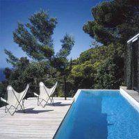 Au Cap, une villa les pieds dans l'Atlantique  : top chic, la nature et le couloir de natation...mon rêve...