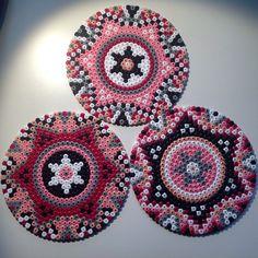 Mandalas hama perler beads by josefinecarolina Bead Crochet Patterns, Pearler Bead Patterns, Perler Patterns, Beading Patterns, Quilt Patterns, Hama Beads Coasters, Diy Perler Beads, Perler Bead Art, Perler Bead Designs