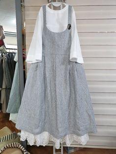 Frock Fashion, Abaya Fashion, Muslim Fashion, Modest Fashion, Fashion Dresses, Women's Dresses, Linen Dresses, Casual Dresses, Moda Natural