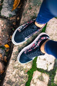 Outstanding Shoes Keds from 59 of the Modest Shoes Keds collection is the most trending shoes fashion this season. This Shoes Keds look related to shoes, sneakers, sneakersnike and nike was… Vans Sneakers, Vans Shoes, Converse, Shoes Heels, High Heels, Pretty Shoes, Cute Shoes, Keds, Zapatos Shoes