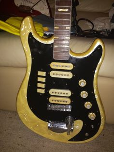 Guitar blog aria retro classics 1532j a tasty re issue of one of personal item i think its a norma i have tried to buy a tremolo arm cheapraybanclubmaster Image collections