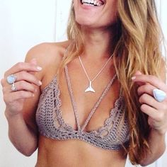 @jasmynelizadesigns wearing their aaaaaaamazing crochet bikinis together with our indieandharper Whale Tail Necklace, Blue Lace Agate Ring, Moonstone Ring and Ethiopian Opal Ring ♥️ www.indieandharpe...