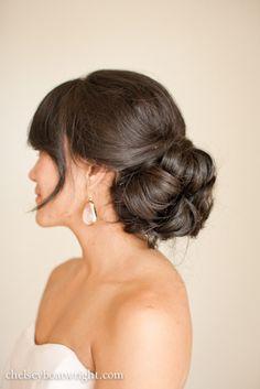 simple hair idea for bridesmaid