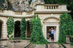 Rande v Prahe . . .  #slovenskasvadba #svadobnafotografia #fotografnasvadbu #svadobnyfotograf #svadobnefoto #marosmarkovic Mansions, Studio, House Styles, Home Decor, Decoration Home, Manor Houses, Room Decor, Villas, Mansion