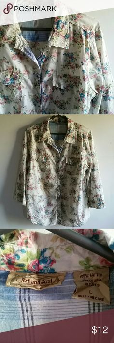 Art & Soul floral roll tab sleeve button down sz L Summery and feminine button down shirt from Art & Soul. 100% cotton, floral design, contrasting tab to roll up sleeves. Very good used condition. Size large. art & soul Tops Button Down Shirts