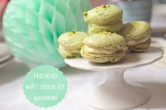 Tea Party: green Macarons with white chocolate frosting