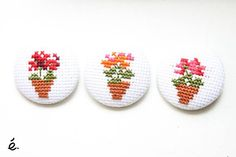 Geranium brooch - cross stitching brooch - embroidery pin - flower embroidery - flowerpot geranium embroidery MADE TO ORDER
