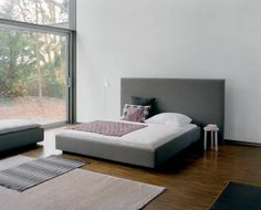 Pardis Bed | #e15