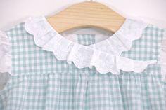 Costura de vestidos de niña (patrones gratis hasta talla 7 años)     Oh, Mother Mine DIY!! Carters Baby, Baby Dress, Dress Making, Crochet Baby, Lily, Ruffle Blouse, Victoria, How To Make, Dresses