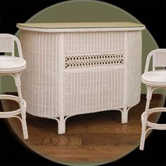 Wicker Serving Bar | Wicker Paradise  I'm falling in love with Wicker!