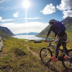We love this photo from the Norwegian trail —can't ask for a better day for mountain biking. https://instagram.com/p/6pRLnpHgef