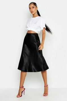 Just add a tee with a top knot over your Lucy Cami Dress for a fun everyday look. Satin Midi Skirt, Black Midi Skirt, Casual Skirt Outfits, Dress Outfits, Skirt Fashion, Fashion Outfits, Satin Noir, Formal Skirt, Slip Skirts