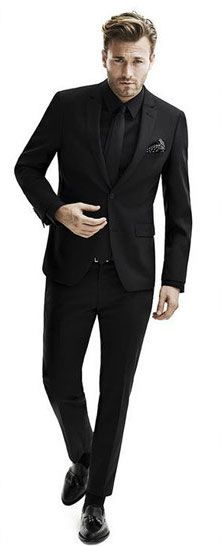 all black suit and tie Full Black Suit, Black Suit Men, All Black Tux, Sharp Dressed Man, Well Dressed, Herren Outfit, All Black Outfit, Suit And Tie, Gentleman Style