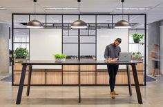 34 Best Workspace Office Design Ideas To Try In Your Home - Office & Workspace - Design Corporate Office Design, Office Space Design, Modern Office Design, Corporate Interiors, Workspace Design, Office Workspace, Office Interior Design, Office Interiors, Office Designs
