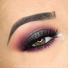 Hazel Green Eyes And#8211; Rare and Beautiful Color ★ See more: https://makeupjournal.com/hazel-green-eyes/