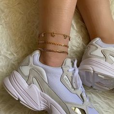 🌙 The post appeared first on Trendy. Best Friends Aesthetic, Aesthetic Shoes, Black Girl Fashion, Prada Bag, Sock Shoes, Tan Shoes, Cute Jewelry, Anklets, Shoe Game