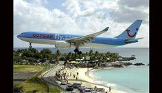 Maho Beach es una playa en la parte holandesa de la isla caribeña de San Martín (Sint Maarten). (Foto: wikipedia.com)