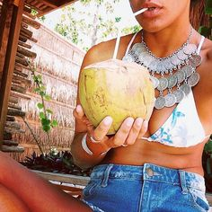 Enjoy your #sundayfunday ! #cheers #accessorize #highwaisted #coconut #hydrate #silver #salttocity