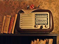 https://vo-radio.ru/web/staroeРадио Старое - это некоммерческая радиостанция, которая начала своё вещание в 2009 году. В эфире музыка иностранных и отечественных исполнителей в стиле поп, рок, джаз; кроме этого у нас вы можете услышать новости, развлекательные программы, литературные компози