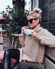7 Maneiras de usar Blusa de Gola Alta e Onde comprar Mode Outfits, Casual Outfits, Fashion Outfits, Womens Fashion, Fall Winter Outfits, Autumn Winter Fashion, Fall Fashion, Looks Adidas, Mode Inspiration