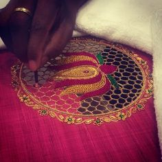 40 Super Ideas For Home Studio Fashion Cutwork Blouse Designs, Wedding Saree Blouse Designs, Pattu Saree Blouse Designs, Embroidery Neck Designs, Cutwork Embroidery, Fancy Blouse Designs, Cut Work Blouse, Designer Blouse Patterns, Latest Fashion