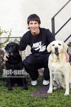 Leonel Messi, Messi Childhood, Marlon Brando, Psg, Fc Barcelona, Champs, Soccer, Football, Dogs