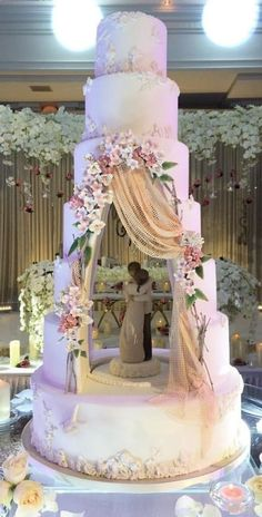 Whimsical unique wedding cake enjoy rushworld boards wedding cake theI Am Blown Away By This Absolutely Stunning Tiered Wedding Cake Design Featuring A Hollowed Out Center Cavity Which Is Used To House A Gum Paste/Fondant Figurine That Has Been Sculp Whimsical Wedding Cakes, Big Wedding Cakes, Luxury Wedding Cake, Elegant Wedding Cakes, Beautiful Wedding Cakes, Wedding Cake Designs, Beautiful Cakes, Unique Weddings, Amazing Cakes