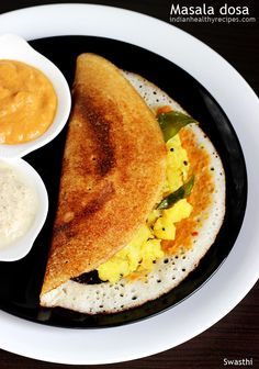 Masala dosa is a popular south Indian breakfast. Learn how to make masala dosa as good as in restaurants & tiffin centers in South India. Indian Snacks, Indian Food Recipes, Crepes, Masala Dosa Recipe, Comida India, Tasty Vegetarian Recipes, Vegan Vegetarian, Delicious Restaurant, Indian Breakfast