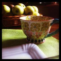 C'est le petit déjeuner: bonjour à tout le monde!