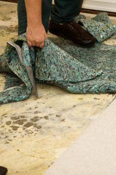 בנוסף למהירות שבה צריך לטפל בשטיחים רטובים, שיקום וייבוש שטיחים צריך להתבצע רק על ידי איש מקצוע. אם השטיח הרטוב אינו מטופל כראוי, הנזק הבלתי נראה עלול להישאר – ולהחמיר עם הזמן. Tools, Instruments