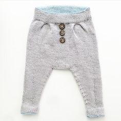 ALINTIDIR... Sipariş için DM #popcorn #şapka #bere #bebekhirkasi #kirlent #bebekpatiği #deryabaykal #crochet #handmade #babyblanket #knitting #bebekbattaniyeleri #dizüstübattaniye #koltuksali #yelek #sal #tulum #panco #bustiyer Pop Corn, Knit Pants, Baby Photos, Baby Love, Baby Knitting, My Boys, Tulum, Knit Crochet, Sweatpants
