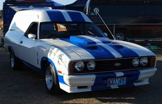 Rare Ford Panel Van is this XC Falcon Sundowner Van and this one comes with the Optional 351 Engine. Big Girl Toys, Aussie Muscle Cars, Old School Vans, Old Wagons, Australian Cars, Vanz, Ford Falcon, Truck Camper, Ford Gt