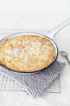 ... swedish almond cake ...