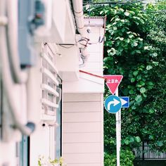 #vsco#vscoph#vscocam#deadleaves#teamcozy#hypebeast#dazzle#adyn#minimalmovement#snobshot#drkshdw#ramones#streetmods#adobe#flame#streetphotography#murderousfiend#killar#scared#inspirationclutmag#highsnobiety#hypefeet#povoufit#snkrhds#backtominimal by 69mhr
