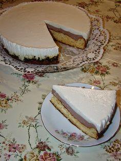 Cristina's world: Tort cu doua creme diferite de branza - dukan styl. I Foods, Vanilla Cake, Food Inspiration, Sweet Treats, Cheesecake, Good Food, Food Porn, Food And Drink, Low Carb