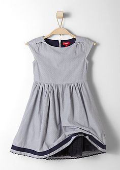 Elegant dress in the s.Oliver Online Shop