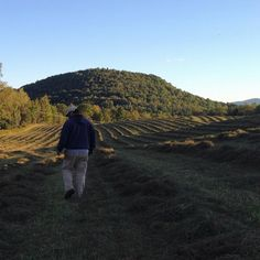 Haying in September makes for some especially scenic sunsets. #vermontbyvermonters #vermont #vt #newengland #hay #haying #farmer #familyfarm #sunset #grassfed
