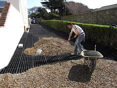 honeycomb gravel driveway - maybe I need this up the sloping stairs