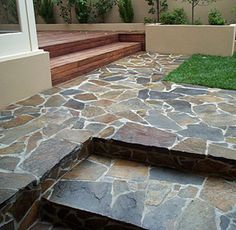 Five Steps for Designing Your Patio Garden – Garden Ideas 101 Outdoor Paving, Garden Paving, Outdoor Tiles, Outdoor Spaces, Wood Walkway, Concrete Path, Stone Driveway, Slate Paving, Sandstone Paving