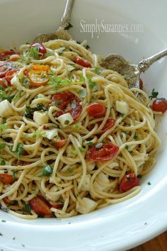 Simply Suzanne's AT HOME: Summer garden pasta . . . spaghetti with basil, tomatoes, and mozzarella
