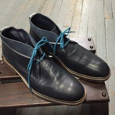 Cole haan navy men's shoes Cole haan excellent condition navy color lace up shoes for mens Cole Haan Shoes Lace Up Boots
